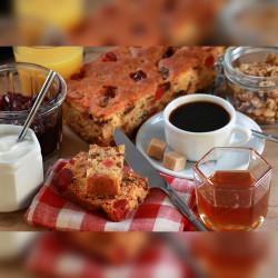 BISCUITÉRIES AU MIEL  Cake Miel Fruits Confits